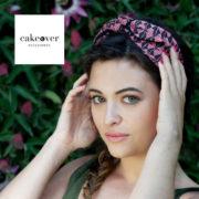 Sono irresistibili le fasce per capelli della nuovissima collezione estiva di CakeOver Accessories.